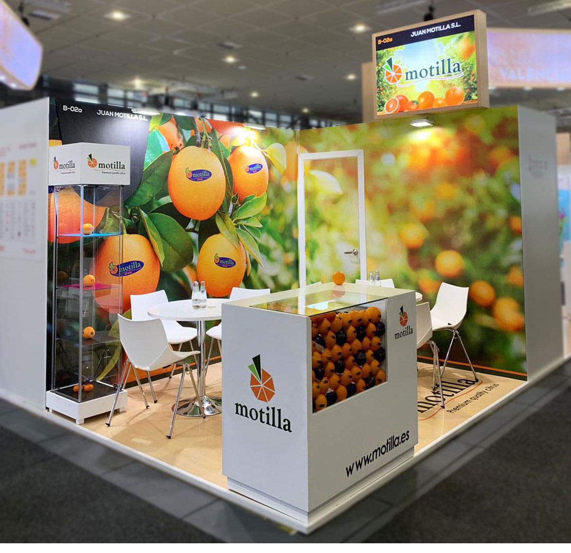Joan-ibañez-diseño-stand-naranjas-motilla